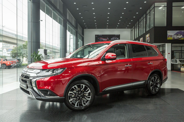 Khách hàng Việt mua xe Mitsubishi Xpander tiếp tục nhận ưu đãi lớn